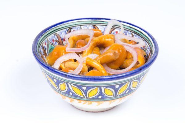 Marinēto sēņu salāti